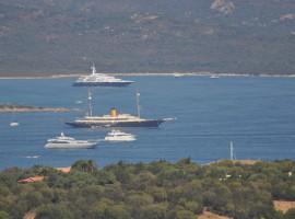 Trilocale vista mare Porto Rotondo Sardegna